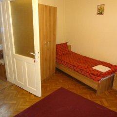 Отель Guest Rooms Donovi Болгария, Варна - отзывы, цены и фото номеров - забронировать отель Guest Rooms Donovi онлайн детские мероприятия фото 2