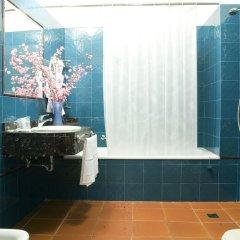 Отель Corona Ditalia Италия, Флоренция - 1 отзыв об отеле, цены и фото номеров - забронировать отель Corona Ditalia онлайн ванная