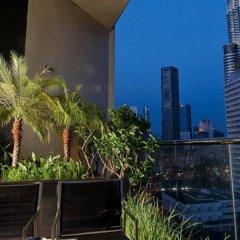 Отель Maya Kuala Lumpur Малайзия, Куала-Лумпур - 6 отзывов об отеле, цены и фото номеров - забронировать отель Maya Kuala Lumpur онлайн балкон