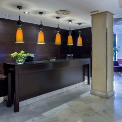 NH Collection Granada Victoria Hotel интерьер отеля