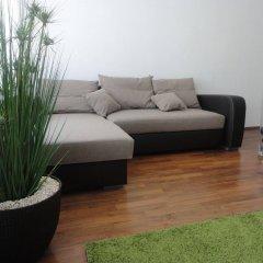 Отель Flatprovider - Comfort Gauss Apartment Австрия, Вена - отзывы, цены и фото номеров - забронировать отель Flatprovider - Comfort Gauss Apartment онлайн комната для гостей фото 3