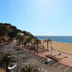 Отель Apartamentos Zodiac Испания, Льорет-де-Мар - отзывы, цены и фото номеров - забронировать отель Apartamentos Zodiac онлайн пляж