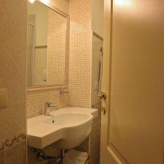 Отель Al Duomo Inn Италия, Катания - отзывы, цены и фото номеров - забронировать отель Al Duomo Inn онлайн ванная