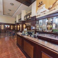 Отель Днипро Киев гостиничный бар
