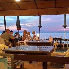 Sea Falcon Hotel гостиничный бар