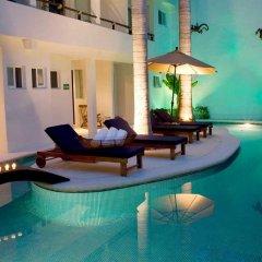 Отель El Hotelito бассейн