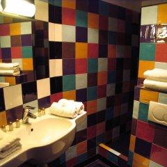 Отель Monte-Carlo Франция, Париж - 11 отзывов об отеле, цены и фото номеров - забронировать отель Monte-Carlo онлайн ванная фото 2