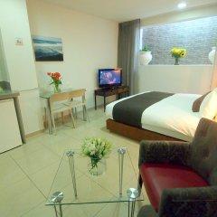 Sea Land Suites Израиль, Тель-Авив - 11 отзывов об отеле, цены и фото номеров - забронировать отель Sea Land Suites онлайн комната для гостей фото 3