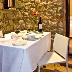 Отель Gastronómico Mas Mariassa в номере