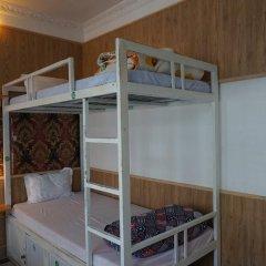Dalat Backpackers Hostel Далат сейф в номере