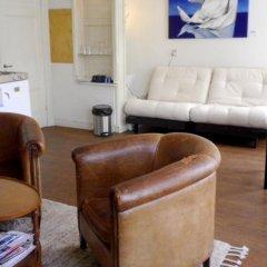 Апартаменты Apartment Rijksmuseum комната для гостей