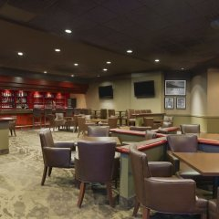 Отель Best Western Premier Calgary Plaza Hotel & Conference Centre Канада, Калгари - отзывы, цены и фото номеров - забронировать отель Best Western Premier Calgary Plaza Hotel & Conference Centre онлайн развлечения