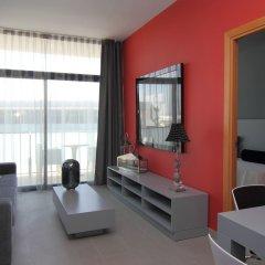 Отель Aparthotel Four Elements Suites Испания, Салоу - 1 отзыв об отеле, цены и фото номеров - забронировать отель Aparthotel Four Elements Suites онлайн комната для гостей фото 4