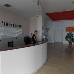 Отель Kompleks Joni Албания, Саранда - отзывы, цены и фото номеров - забронировать отель Kompleks Joni онлайн интерьер отеля