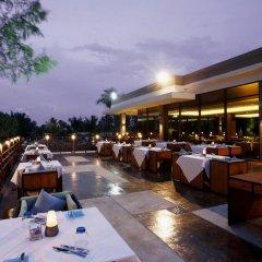 Отель Splash Beach Resort by Langham Hospitality Group питание фото 2