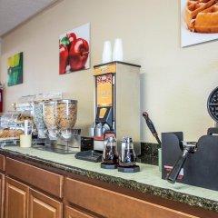 Отель Quality Inn And Suites Monroe питание