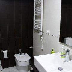 Отель Precioso Apartamento al Lado de las Torres de Serrano Испания, Валенсия - отзывы, цены и фото номеров - забронировать отель Precioso Apartamento al Lado de las Torres de Serrano онлайн ванная фото 2