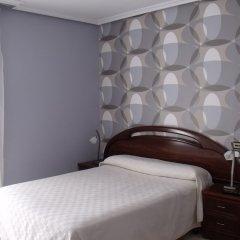 Отель Hostal Salones Victoria комната для гостей фото 2