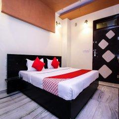 Отель OYO 15917 Moon Stone сейф в номере