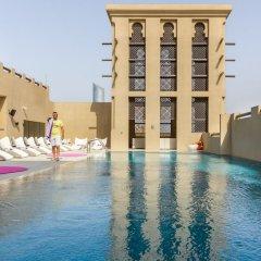 Отель Premier Inn Dubai Al Jaddaf бассейн