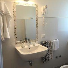 Отель Albergo Ester di Fossi Laura Римини ванная фото 2