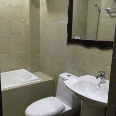 Отель Ocean Cruise Hotel Филиппины, Лапу-Лапу - отзывы, цены и фото номеров - забронировать отель Ocean Cruise Hotel онлайн ванная фото 2