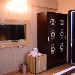 Hotel S. K Crown Park Naraina сейф в номере