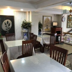 Hong Thien Backpackers Hotel интерьер отеля