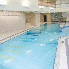 Отель The Salisbury - YMCA of Hong Kong бассейн фото 2