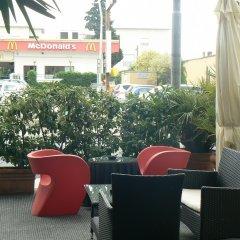 Hotel Solarium Чивитанова-Марке гостиничный бар