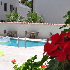 Olivias Group Hotel бассейн