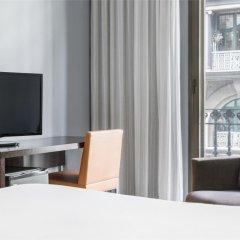 Hotel ILUNION Almirante удобства в номере