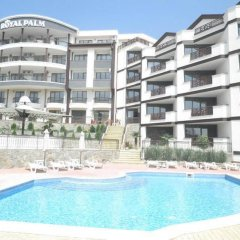 Apart-Hotel Royal Palm бассейн