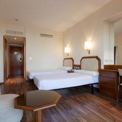 Отель Senator Barajas комната для гостей