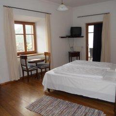 Hotel Garni Zum Hirschen Маллес-Веноста комната для гостей фото 2