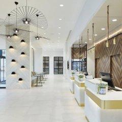 Отель Courtyard by Marriott Luton Airport интерьер отеля