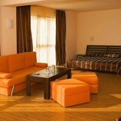 Отель В Американском Отеле Болгария, Поморие - отзывы, цены и фото номеров - забронировать отель В Американском Отеле онлайн интерьер отеля фото 2