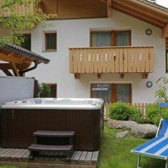 Отель Almhotel Bergerhof Сарентино бассейн