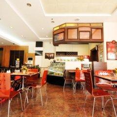 Отель Octagon Mansion Hotel Филиппины, Манила - отзывы, цены и фото номеров - забронировать отель Octagon Mansion Hotel онлайн питание фото 2