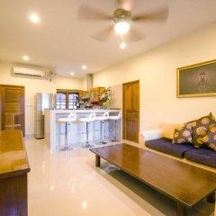 Отель Namphung Phuket в номере фото 2