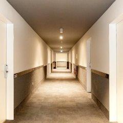 Отель a&o Berlin Mitte Германия, Берлин - 4 отзыва об отеле, цены и фото номеров - забронировать отель a&o Berlin Mitte онлайн интерьер отеля фото 2