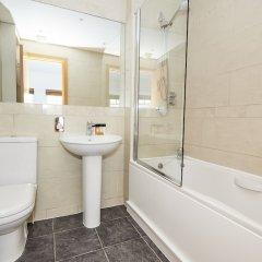Отель Charming Mayfair Suites by Sonder ванная фото 2