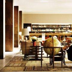 Square Nine Hotel Belgrade Белград гостиничный бар