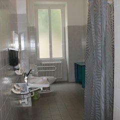 Отель Ostello Verbania Италия, Вербания - отзывы, цены и фото номеров - забронировать отель Ostello Verbania онлайн ванная фото 2