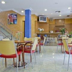 Отель La Noyesa питание фото 3