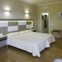 Отель Monarque Torreblanca Испания, Фуэнхирола - 1 отзыв об отеле, цены и фото номеров - забронировать отель Monarque Torreblanca онлайн комната для гостей фото 2