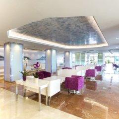 Отель Agua Beach Испания, Пальманова - отзывы, цены и фото номеров - забронировать отель Agua Beach онлайн интерьер отеля фото 3