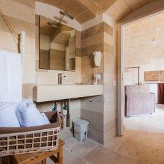 Отель La Corte Vetere Матера ванная