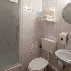 Отель Start Hotel Atos Польша, Варшава - 11 отзывов об отеле, цены и фото номеров - забронировать отель Start Hotel Atos онлайн ванная фото 2