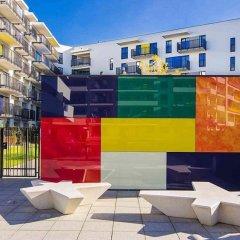 Отель ClickTheFlat Artistic Estate Apartment Польша, Варшава - отзывы, цены и фото номеров - забронировать отель ClickTheFlat Artistic Estate Apartment онлайн бассейн